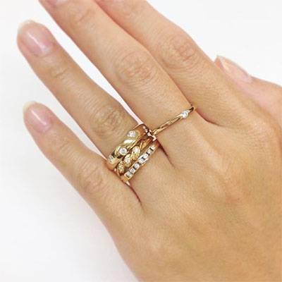 華奢な指が似合うリング(指輪)イメージ