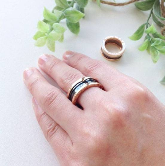 節が太い指が似合うリング(指輪)幅広タイプ